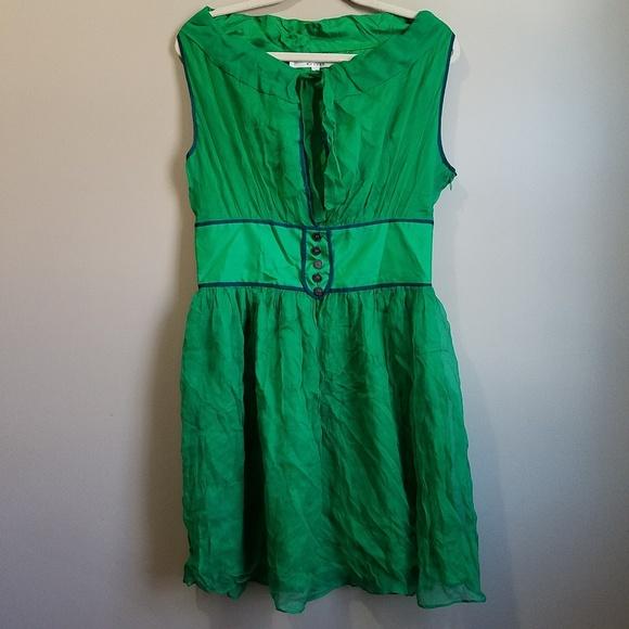 Walter Baker Dresses & Skirts - Walter Baker 100% Silk Green Keyhole Dress Size 10